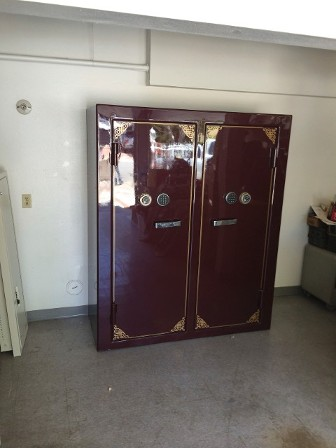 Orange county gun safe movers safe vault mover heavy moving double door gun safe planetlyrics Choice Image